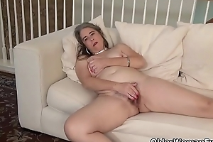USA gilf Kelli will turn you essentially with her soft body