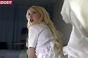 Hot Nurses Vienna Black &amp_ Kenzie Reeves Blackmail Bang With Sizzling Doctor
