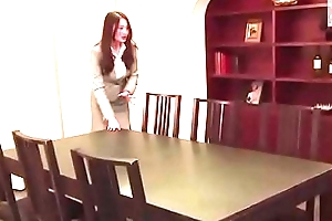 Japanese woman forced by real estate salesman (Full: shortina.com/CmvmvCY)