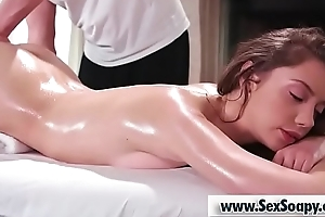 Sexy babe gets a supreme oil massage