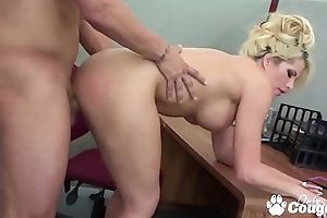 Brooke Haven Has Her Pussy Eaten Out At Work