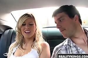 First Time Auditions - (Jade Summers, Ramon Nomar) - Feelin Fine - Reality Kings