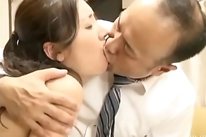 Cuckold japanese wife with husband friend (Full: bit.ly/2OUlUWN)