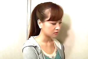 Japanese woman abused (Full: shortina.com/Mbrjbuax)
