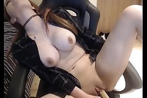babe with awesome tits masturbating