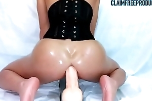 Deep anal squirting with huge dildo - claimfreeproducts.com