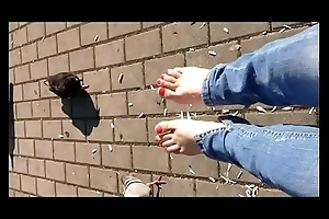 Barefoot in Venice (Fetish Obsession... for bare feet)