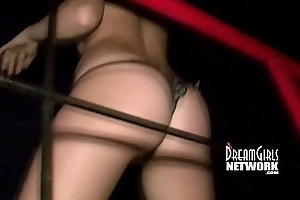 Upskirt Pussies At A Club In Mexico