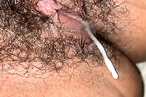 Big load inside hairy pussy