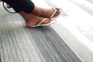 My friend'_s sexy feet and toes