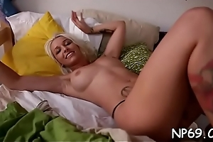 Chaps pussy licking and fingering is giving playgirl much pleasure