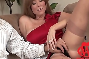 [AAA] Ass CAM - Nympho Milf keeps sucking