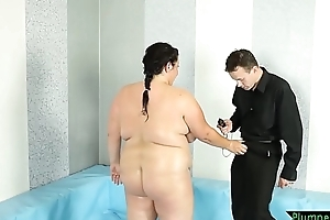 Chubby bigtits beauty drilled exposed to the floor