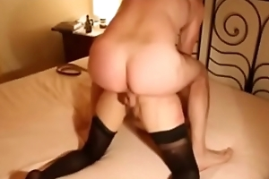 Hot milf with stop-and-go pussy on despotic homemade