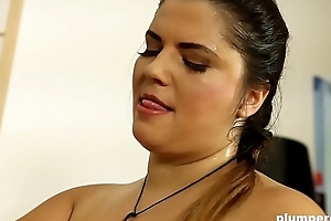 Fat woman facesits on little guy and uses pump on his dick